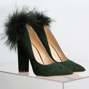 NO NEW FRIENDS HEELED PUMP WITH FUR